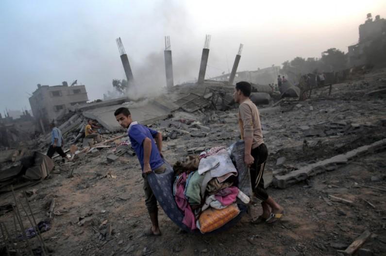 Gaza, Israele accetta breve tregua
