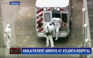 Kent Brantly all'arrivo all'ospedale di Atlanta