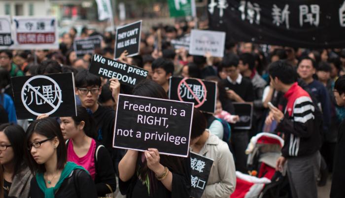 Cina: muro contro muro tra governo e manifestanti