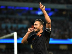 Francesco Totti, gol-record a Manchester