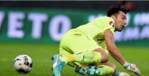 "La ""papera"" di Buffon sul pari di Perisic"
