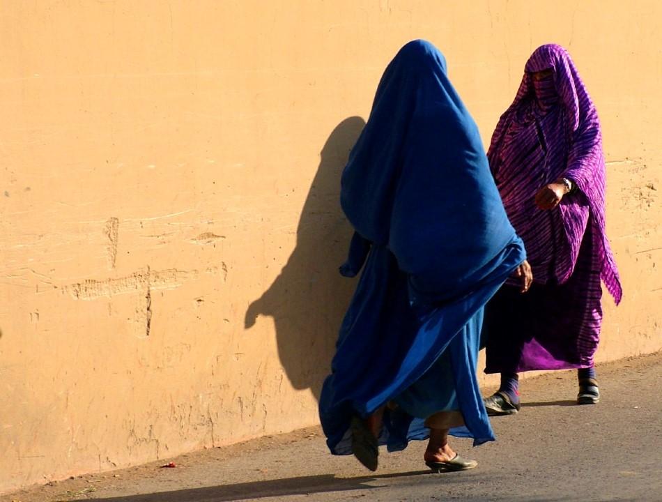 Iran, la supposta per la finta verginità