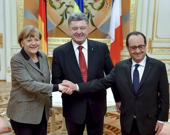 Offensiva diplomatica UE, ma la NATO si rafforza a Est