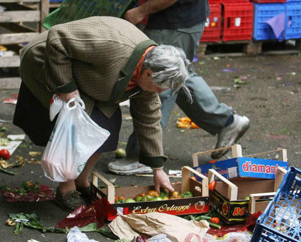 Istat, in Italia sempre più poveri