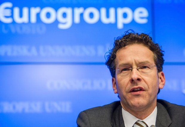 Volano gli stracci all'Eurogruppo, la Grecia preoccupa