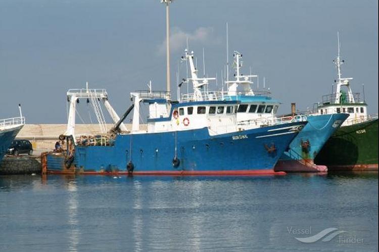 Libia, peschereccio italiano sfugge a sequestro