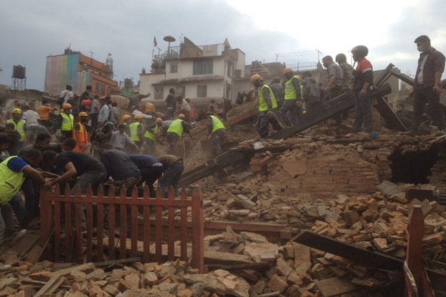 Nepal, i morti potrebbero arrivare a diecimila