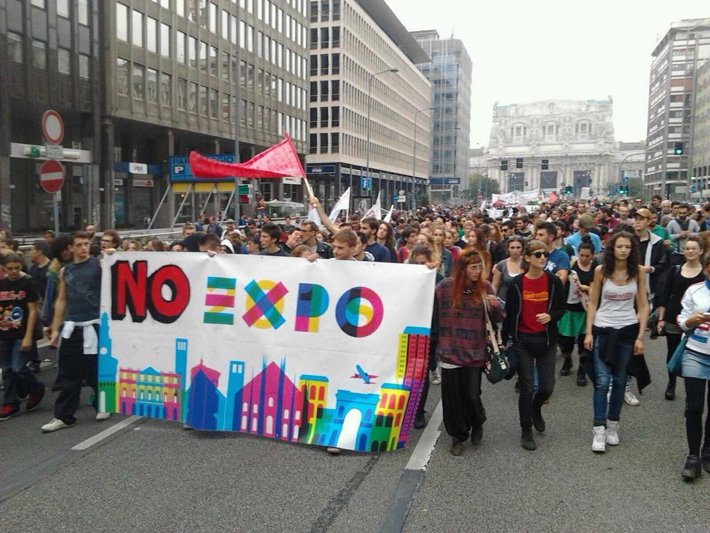 Expo al via, prime proteste. Stasera Bocelli a piazza Duomo