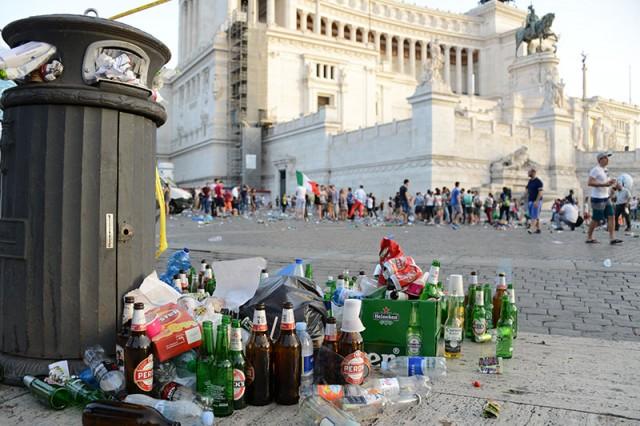 Albergatori contro Marino: la città? Sporca e allo sbando