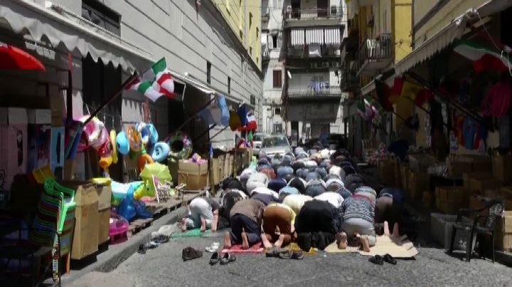 Napoli, Allah è sbarcato ai quartieri spagnoli
