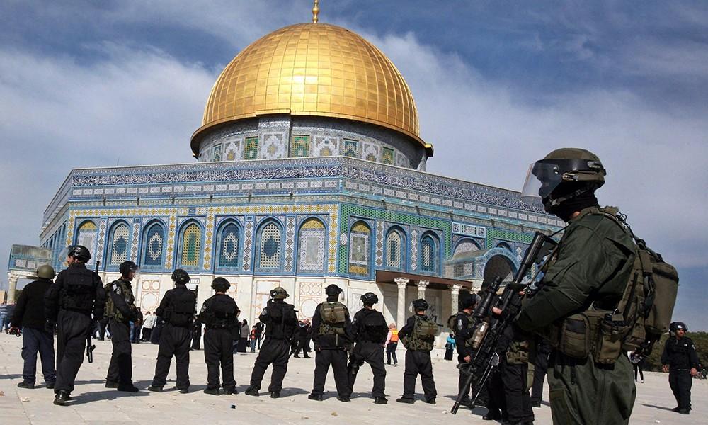 Polizia contro attivisti, scontri a Gerusalemme