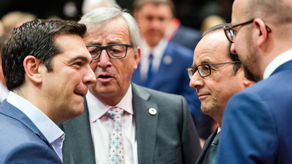 Niente Grexit: accordo unanime, aiuti per 80 mld