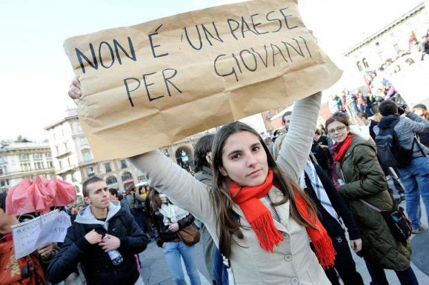 Aumento disoccupazione, no problem per Renzi: il lavoro è ultimo a ripartire