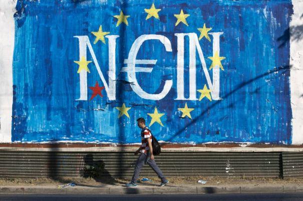 Il sole greco non scotta più. Accettare per non perire