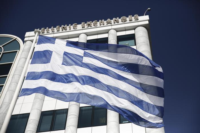 Grecia, Borsa di Atene nel baratro dopo la riapertura