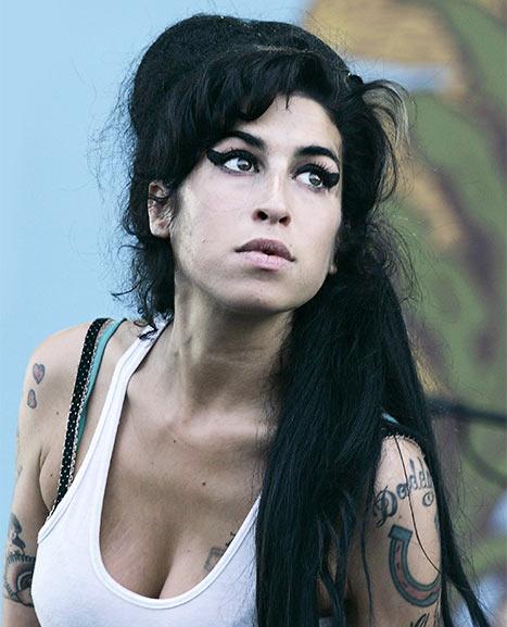 Amy Winehouse, le immagini dei suoi contrasti
