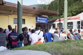 Controlli di polizia alla stazione ferroviaria del Brennero