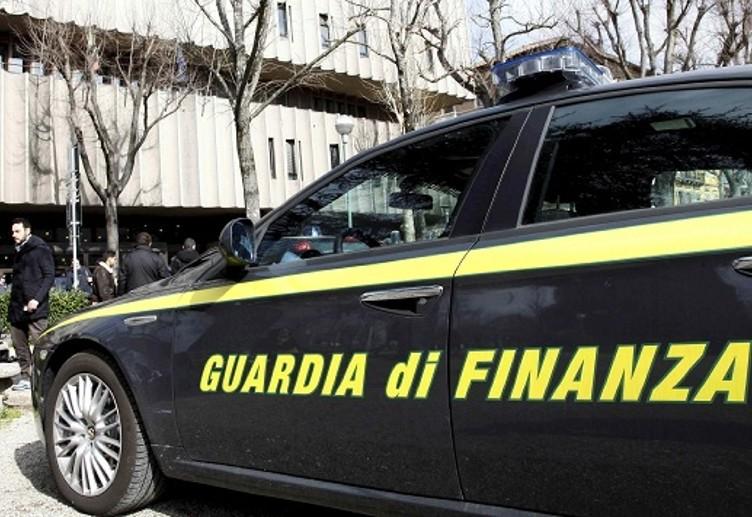 finanza guardia-2