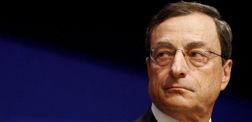 "BCE lascia tassi invariati, Draghi ""Pronti a modificare QE"""