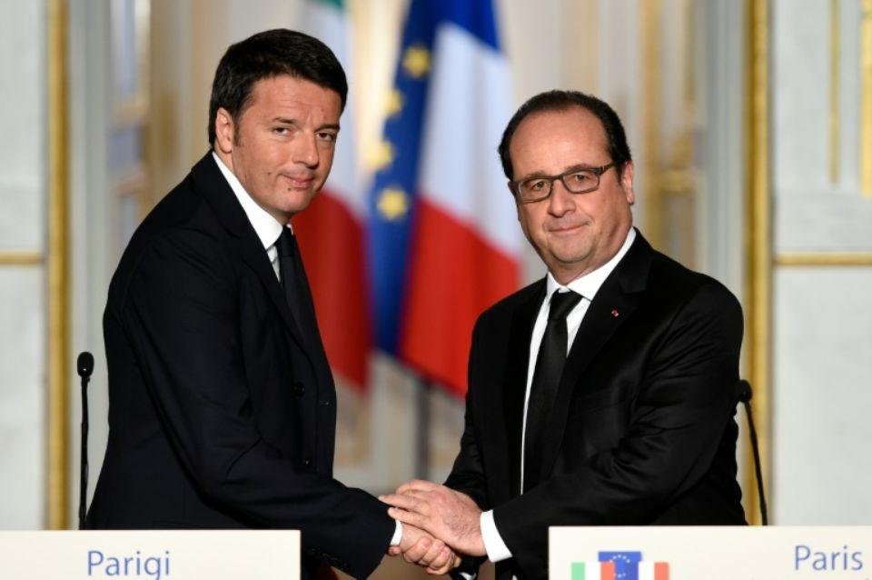 """Terrorismo, Renzi a Parigi: """"Priorità alla Libia"""""""