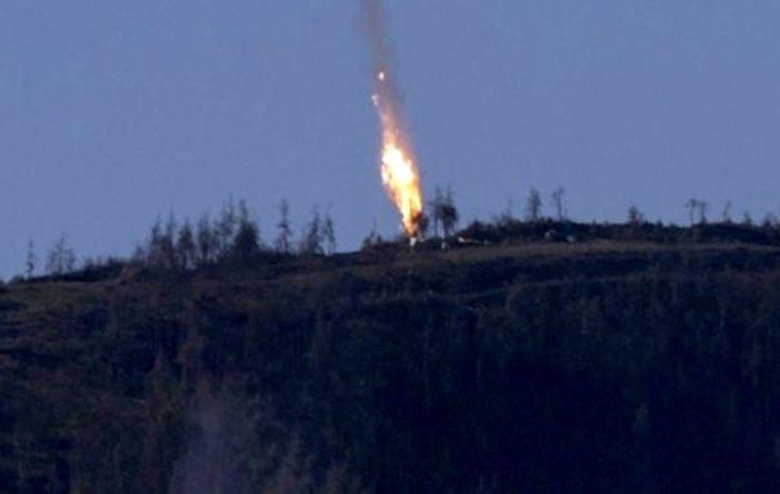 Turchia abbatte jet russo. Putin avverte: conseguenze tragiche