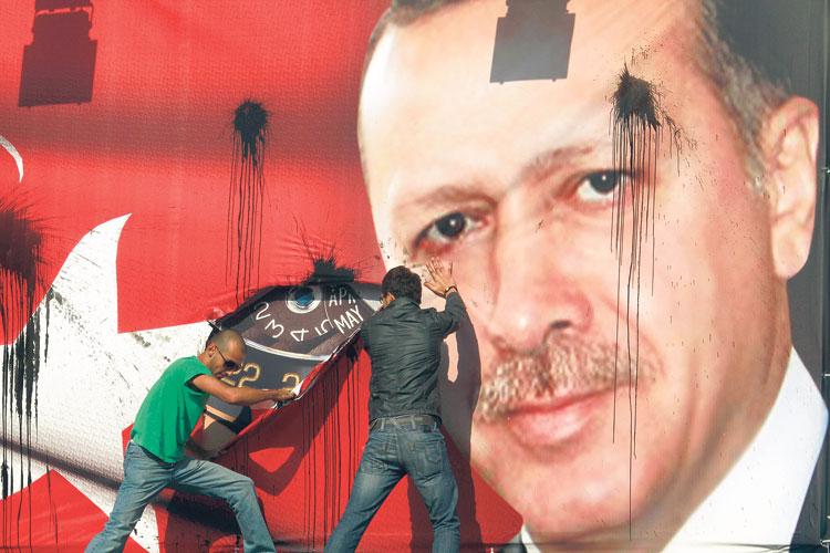 Erdogan riconquista la Turchia, rabbia dei curdi