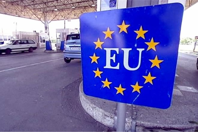 UE: controlli obbligatori a confini area Schengen