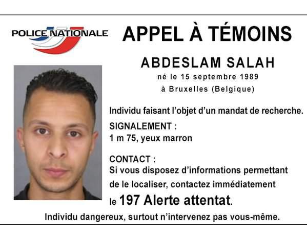 Attacco a Parigi: Abdeslam è ancora libero