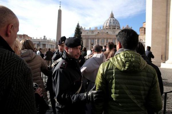 Terrorismo, Roma: blindata piazza San Pietro
