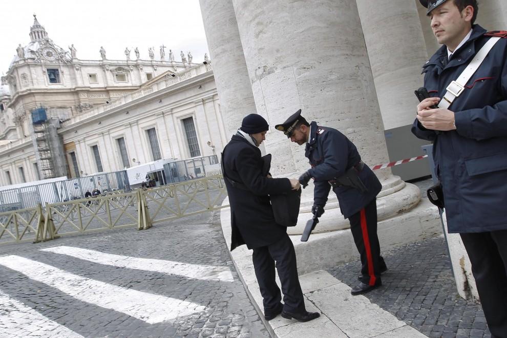 Terrorismo: Papa a rischio per Mossad