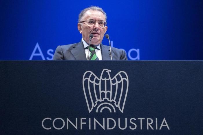 """Allarme Confindustria, """"L'economia italiana sta rallentando"""""""