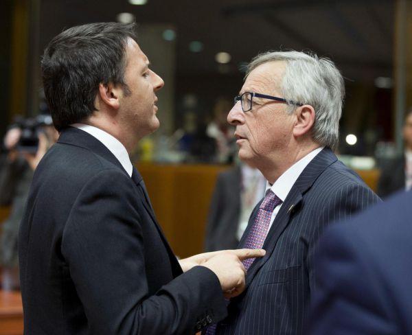 """Juncker """"Renzi vilipende Ue"""", volano gli stracci tra Europa e Roma"""