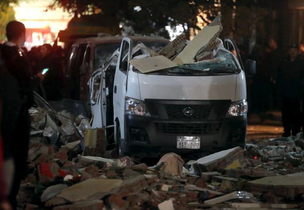 Bomba dell'ISIS a Giza, 10 morti