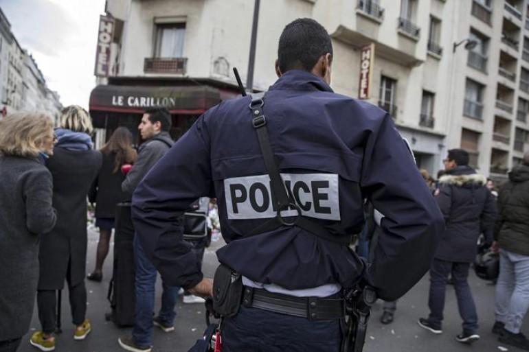 Terrorismo: ucciso a Parigi uomo con cintura esplosiva
