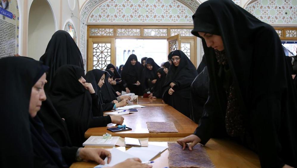 Elezioni Iran, i riformisti alzano la testa