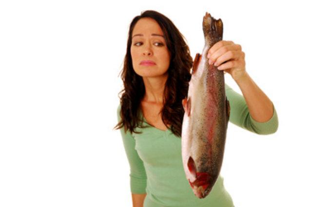 Ospite come pesce se si trattiene. Ma fa reato