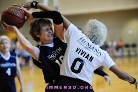anziani-fanno-sport-foto-01