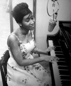aretha-franklin-1960-nyc-recording-studio-2-f15_t0