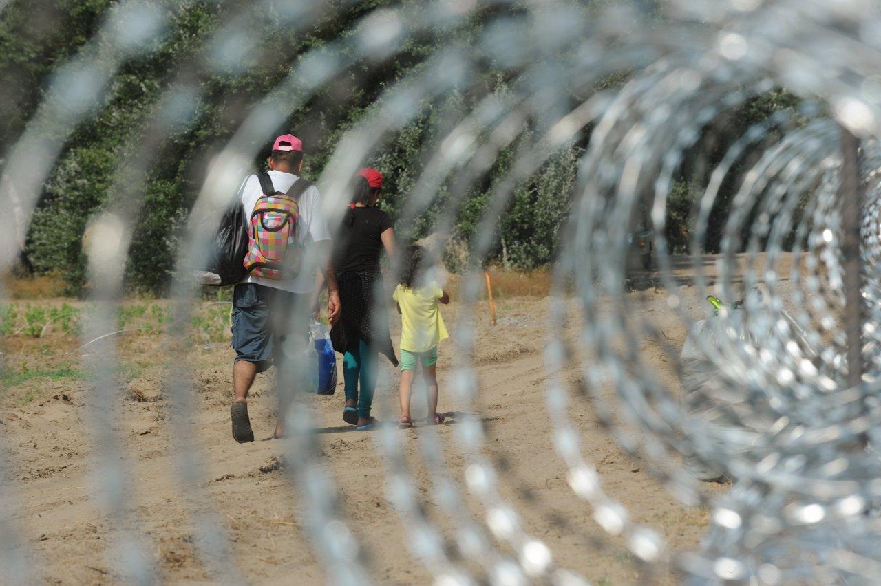 Austria, nuovo muro al confine con l'Ungheria