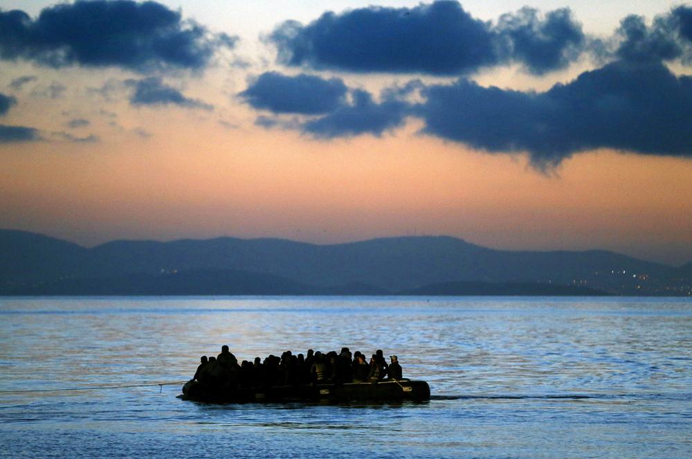Nuova strage di migranti, 400 dispersi