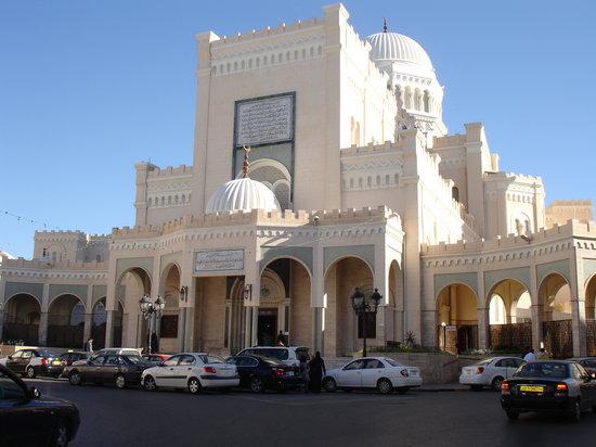Libia: il governo di Tripoli cede potere a Sarraj