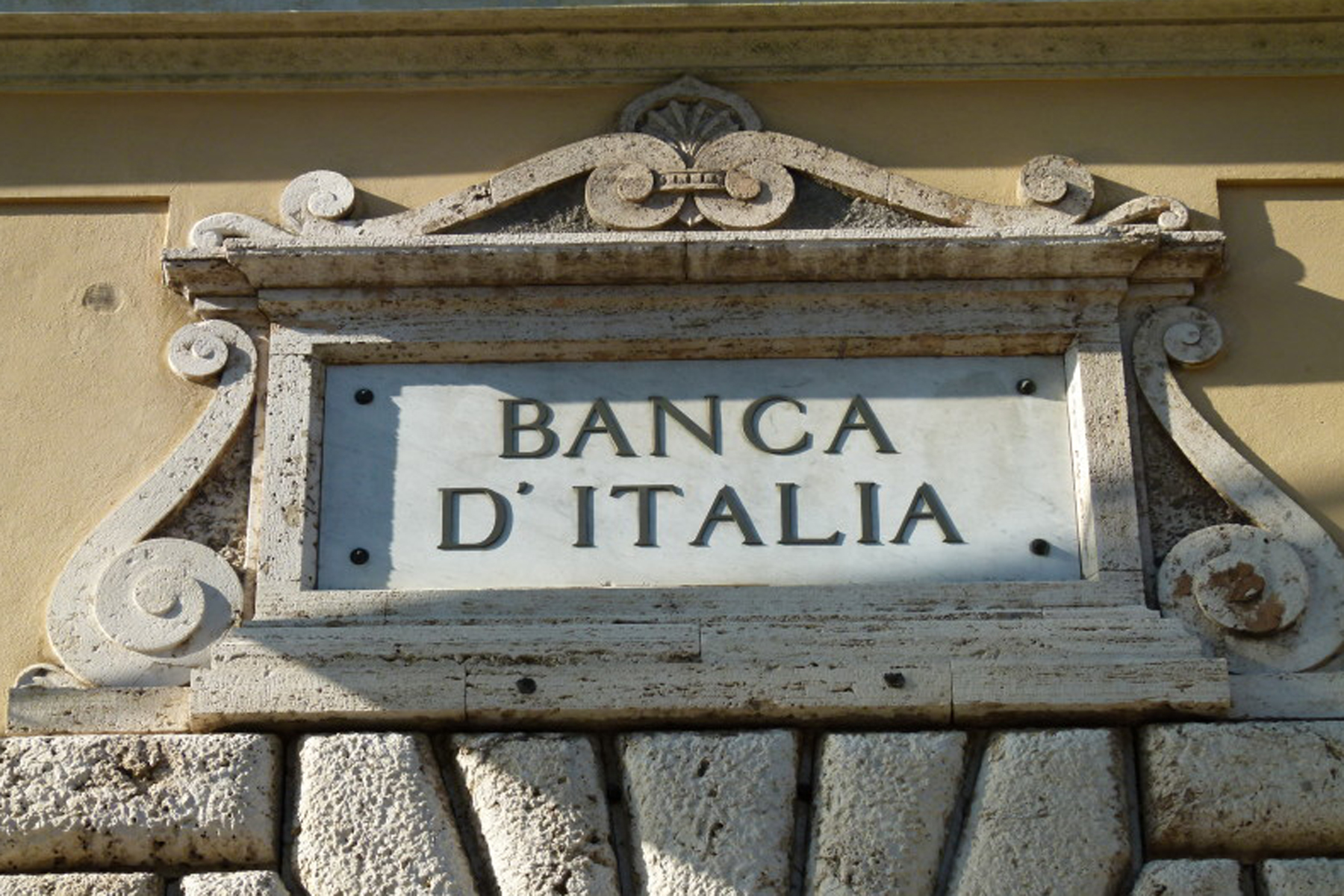 Giorno di pagelle Ue: Italia promossa con riserva