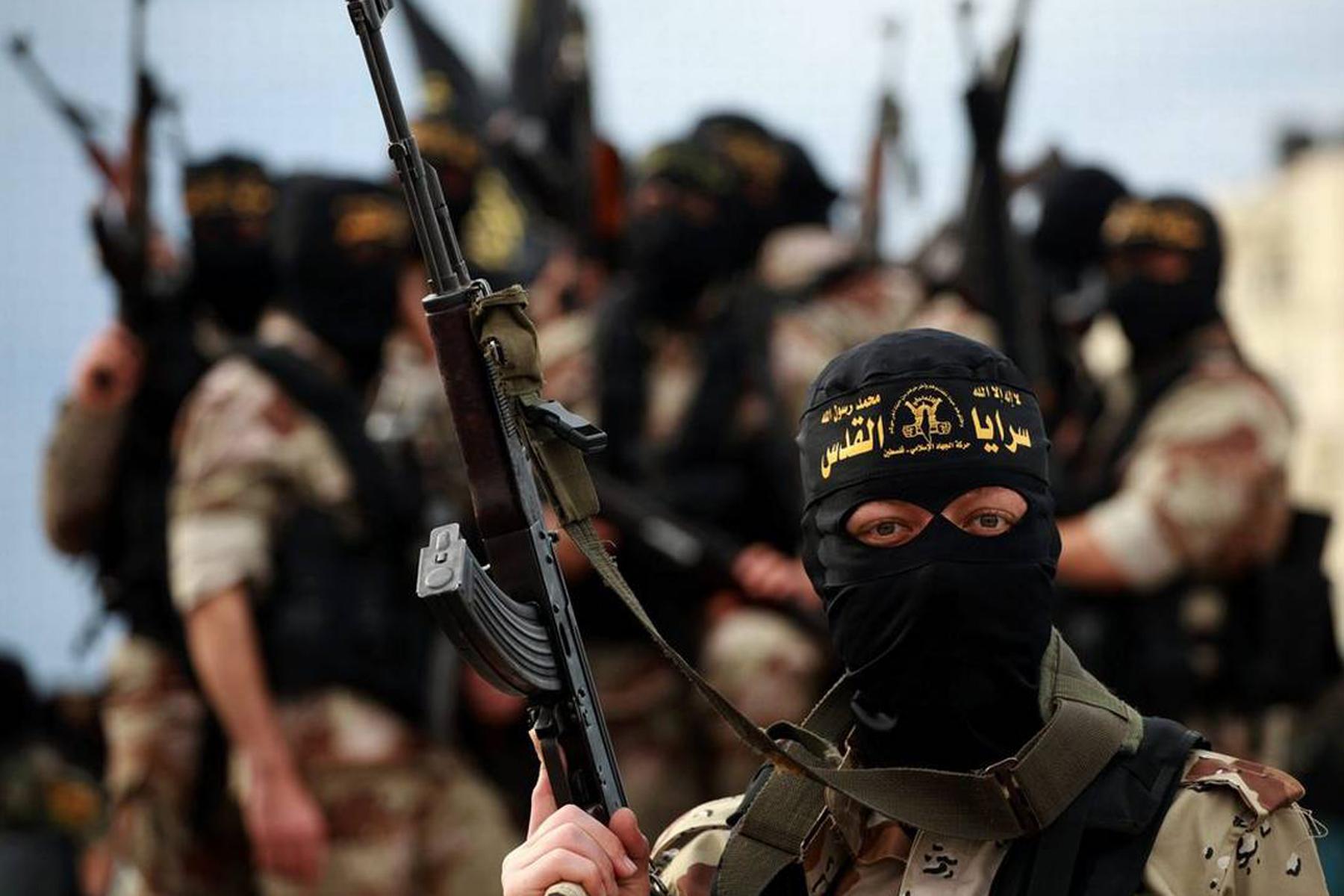 Isis, UE invierà agenti in campi profughi