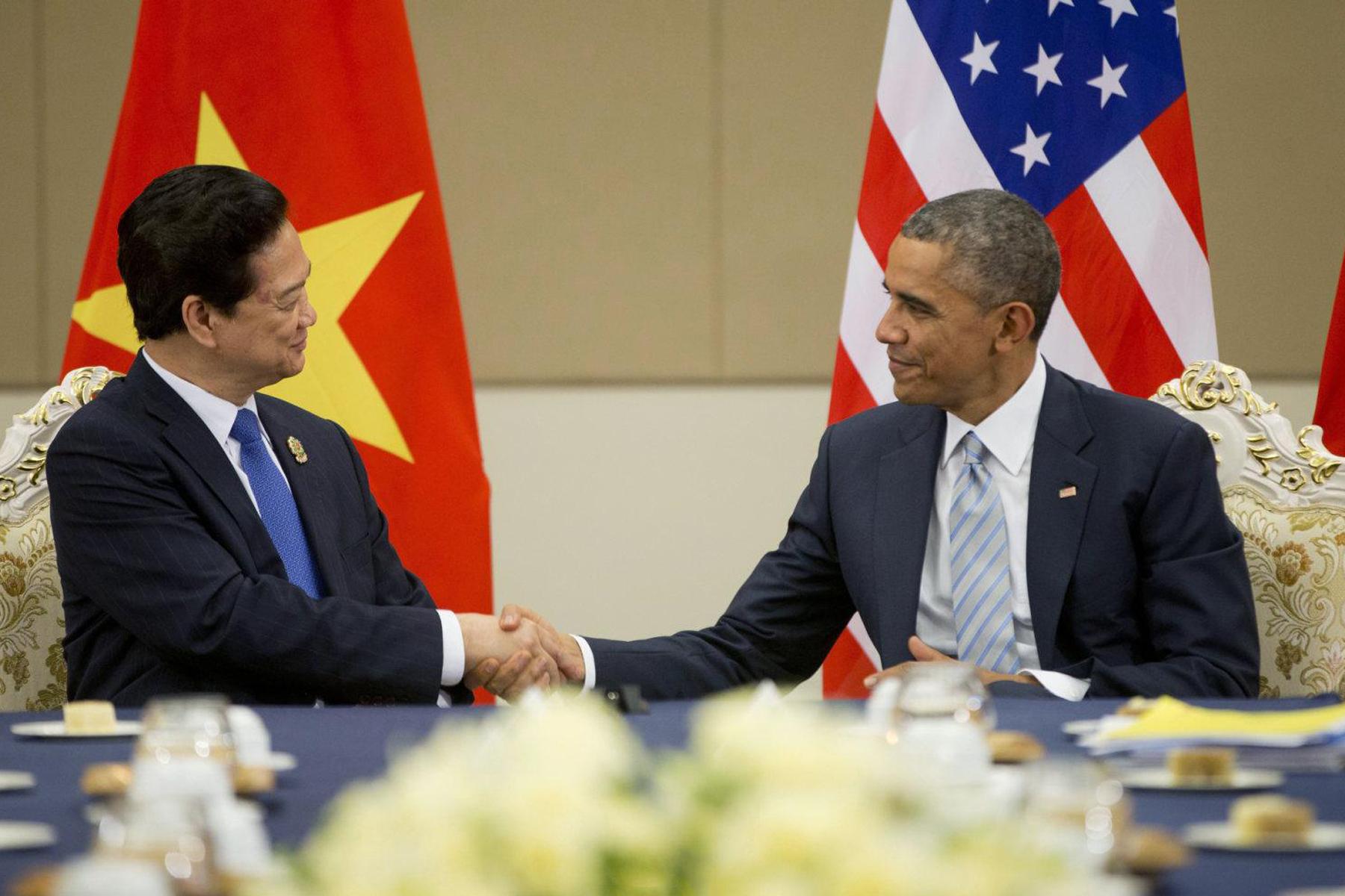 Vietnam, Obama revoca l'embargo sulle armi