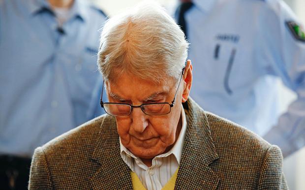 Nazismo: 5 anni a ex guardia di Auschwitz, oggi 94enne