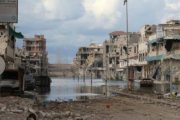 Libia: l'esercito avanza su Sirte, ISIS in fuga
