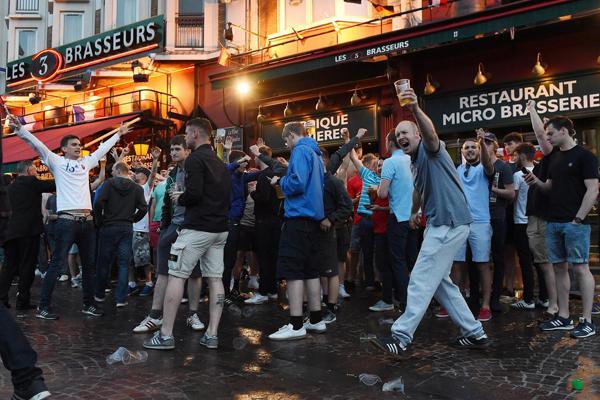 Euro 2016, ancora violenza: 36 arresti a Lille
