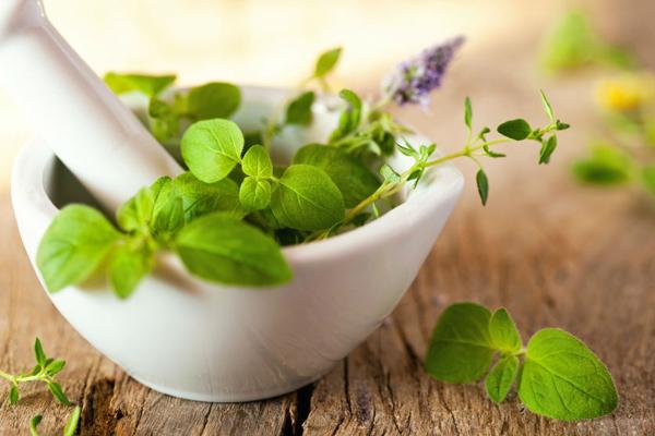 Cancro: medicina naturale e terapie alternative