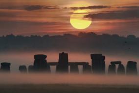 Stonehenge alba