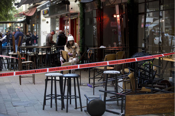 Tel Aviv, sparatoria in centro: quattro morti